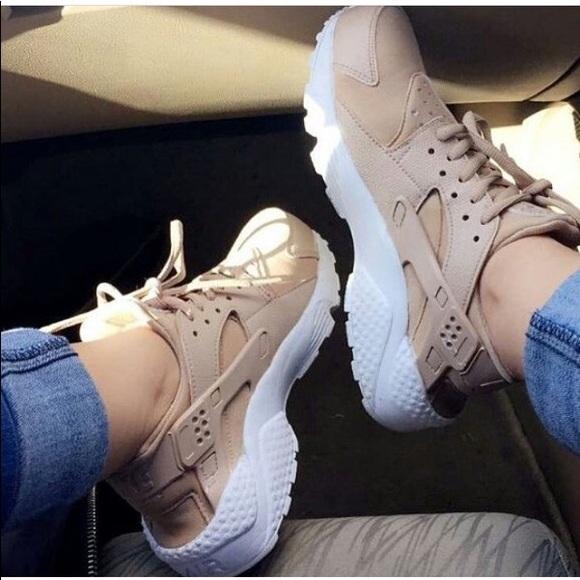 Nike Shoes | Womens Nike Huarache Rose